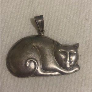 Sterling silver vintage pendant